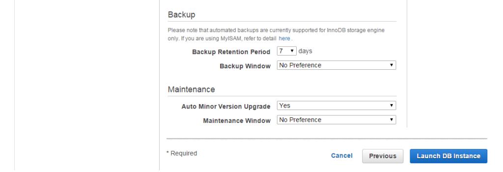 Warto zwrócić uwagę na sekcje na dole - pierwsza określa jak długo będzie backupowana nasza baza danych i kiedy będzie to robione. Druga grupa opcji pozwala określić czy chcemy automatycznie dokonywać drobnych aktualizacji.